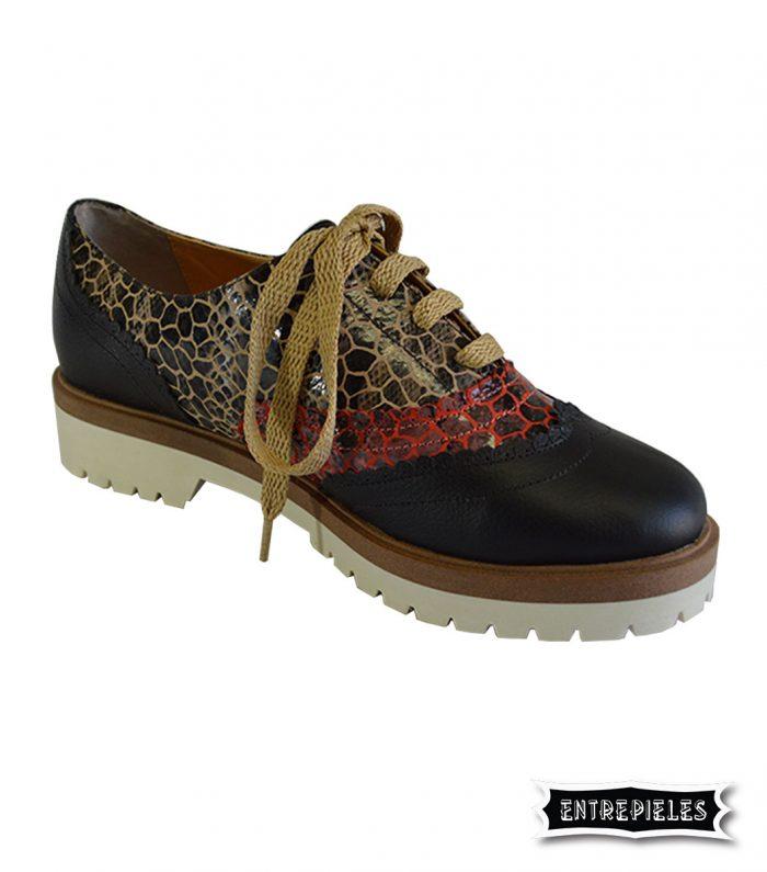 Zapato en cuero negro para mujer